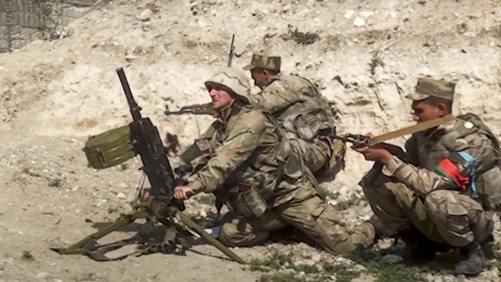 Двое азербайджанских военных погибли на границе с Ираном