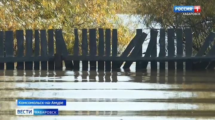 """Уровень реки у Комсомольска прекратил свой рост, но до ухода """"большой воды"""" далеко"""