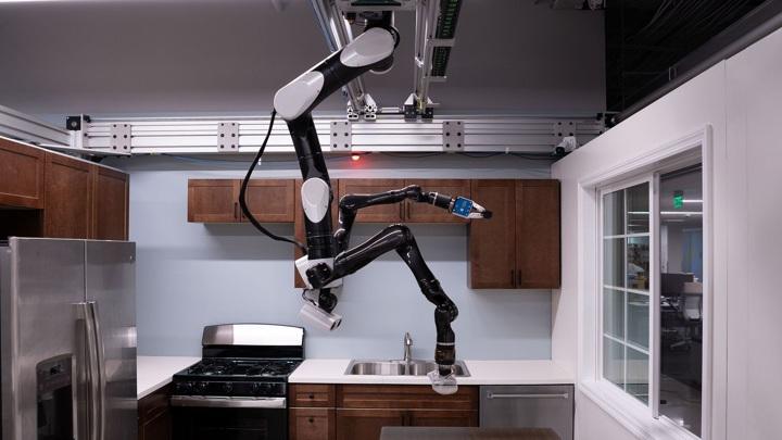 Робот уже сейчас может провести несложную уборку.