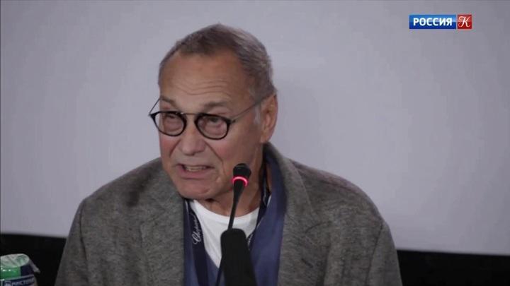 Андрей Кончаловский представил на ММКФ фильм «Человек неунывающий»