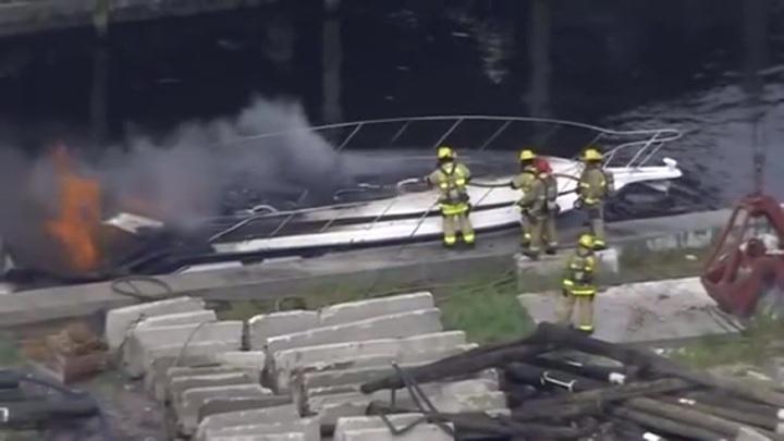 У берегов Флориды взорвалась яхта