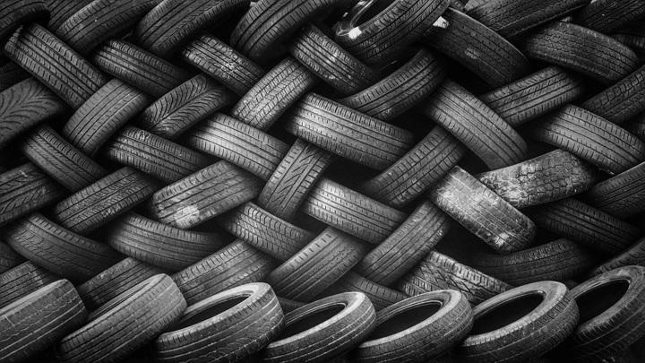Теперь в России можно продавать только маркированные шины