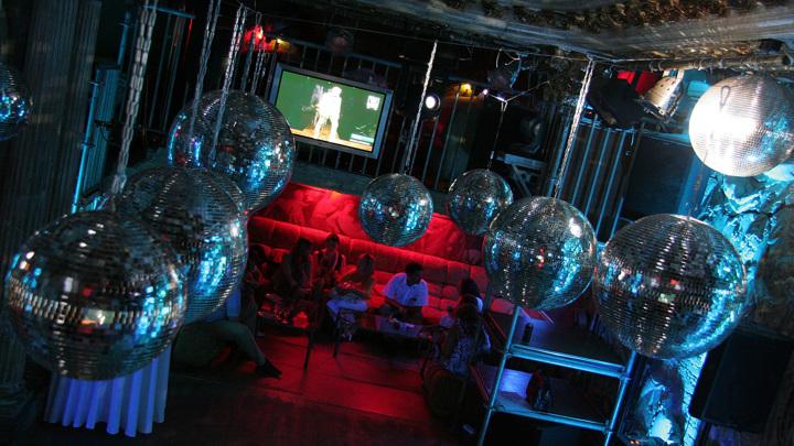 В России могут запретить посещать ночные клубы до 21 года
