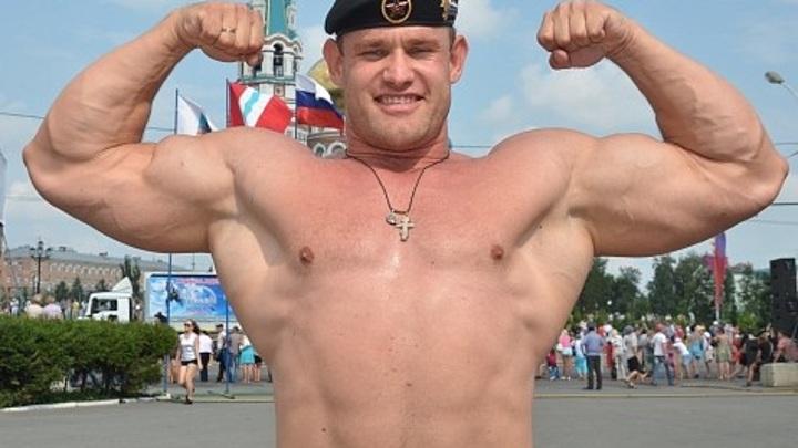 Омский силач Михаил Шивляков установил новый мировой рекорд