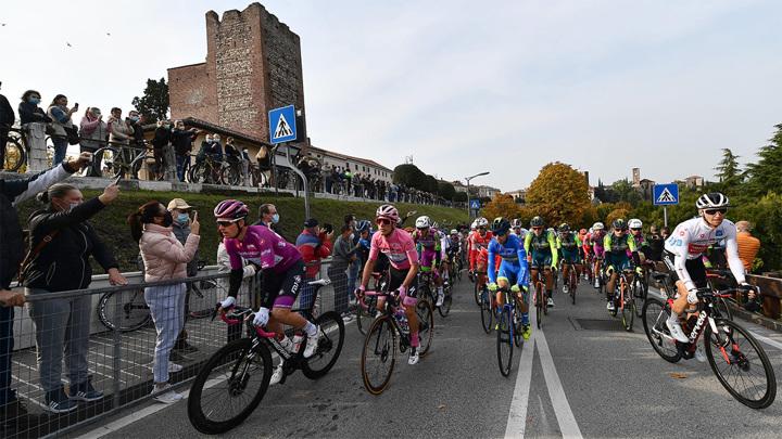 """Велогонка """"Джиро д'Италия"""" пройдет по территории трех стран"""