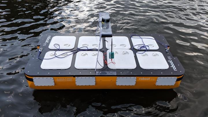 Новые роботы претендуют на роль беспилотных водных такси.