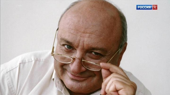 В Москве прощаются с Михаилом Жванецким