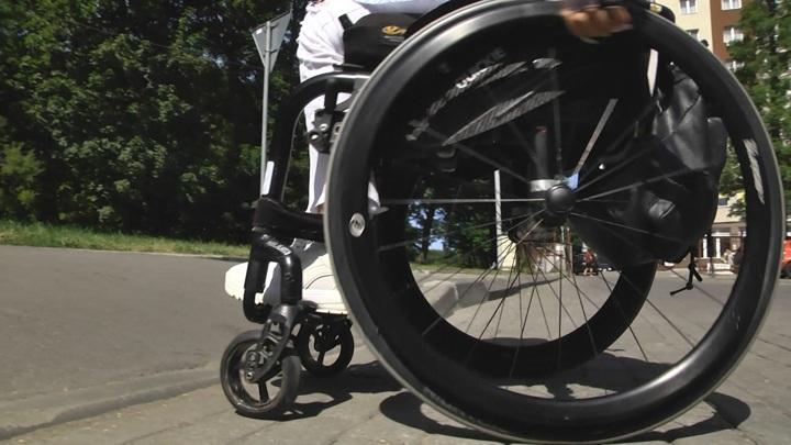 В Пензе инвалиду отказали в выдаче новой электроколяски