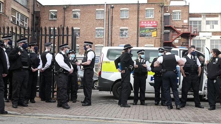 Британский ковид-диссидент не испугался полиции