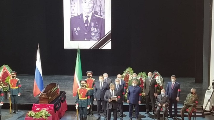 В Казани прощаются с Героем Советского Союза Борисом Кузнецовым
