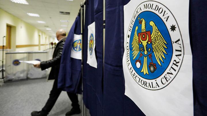 В Молдавии стартовали досрочные выборы в парламент