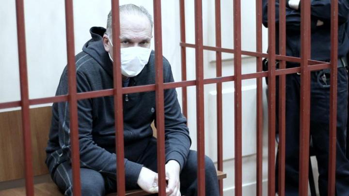 Суд прекратил дело в отношении Михаила Меня