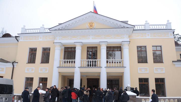 Журналисты впервые побывали в комнате отдыха президентской резиденции