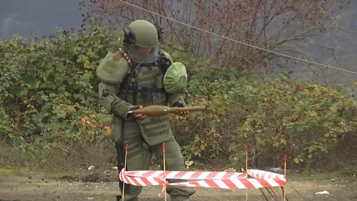 Минобороны РФ опровергло сообщение об окружении миротворцев в Карабахе