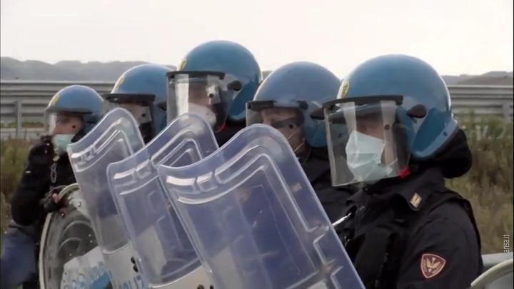 Итальянская мафия взяла борьбу с пандемией под свой контроль