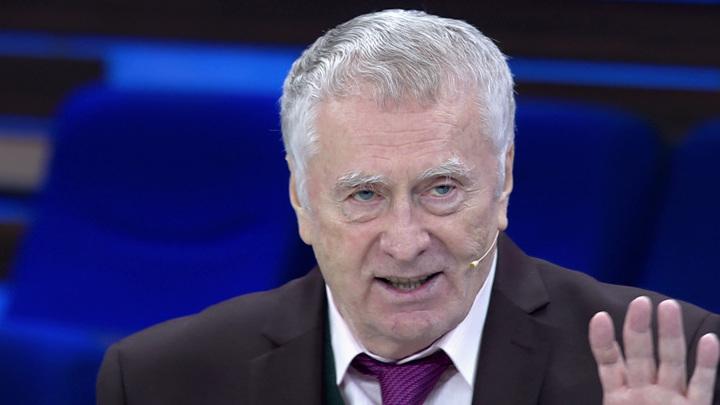 Жириновский вручил партбилет сыну Круга