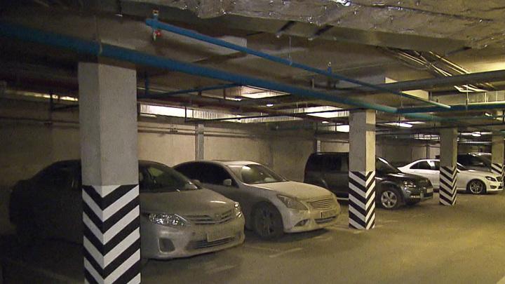 Самая распространенная ошибка при парковке машины с АКПП
