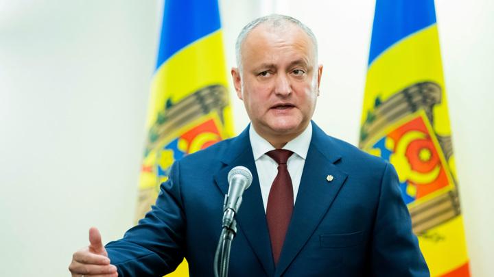 Экс-президент Молдавии привезет из Москвы партию российской вакцины