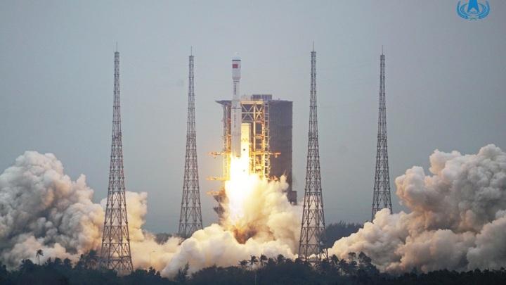 Первую ступень новой ракеты планируется сделать возвращаемой.