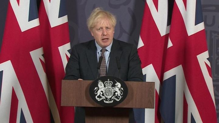"""Джонсон назвал """"британский"""" штамм COVID-19 более смертельным"""
