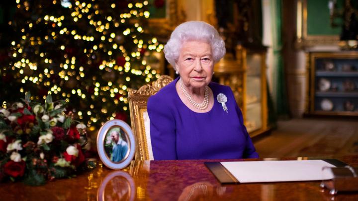"""Елизавета II выступила с """"ковидной"""" рождественской речью"""