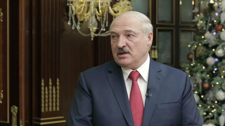 """Лукашенко анонсировал """"серьезную встречу"""" с Путиным"""