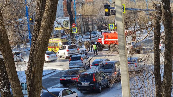 В Благовещенске пожарная машина по пути на вызов попала в ДТП
