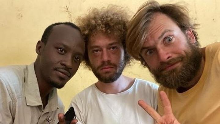 Варламов и его спутники вылетают из Южного Судана