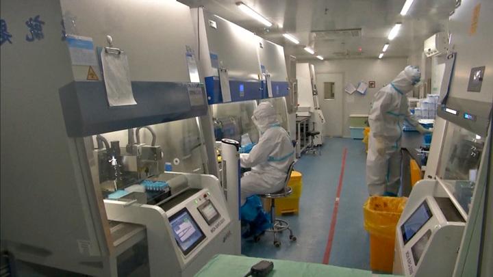 Китай назвал главную коронавирусную угрозу