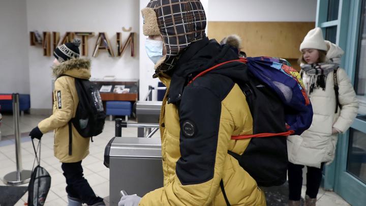 Миллионы российских школьников вернулись к традиционной форме обучения