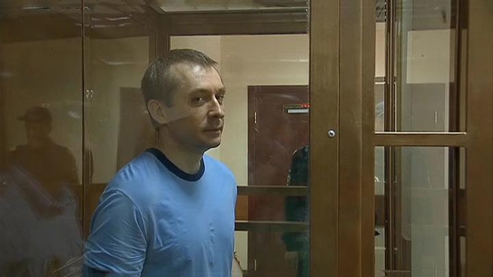 Захарченко удалили паховую грыжу