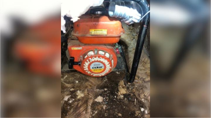 В Якутске пять человек оказались в больнице после откачки воды из подвала