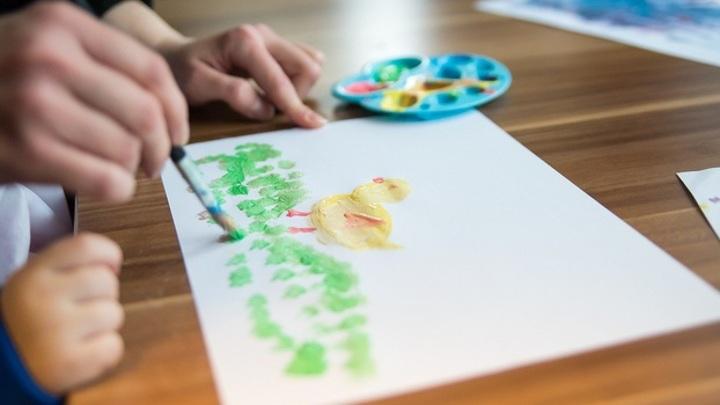 Семья обиженного в воронежском детсаду малыша намерена добиться наказания для педагога
