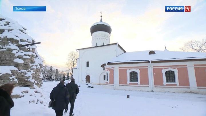 В Пскове восстанавливают храм Вознесения Снетогорского монастыря