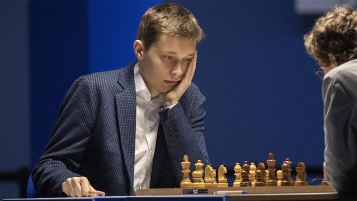 Новая звезда в мире шахмат – 18-летний россиянин Андрей Есипенко