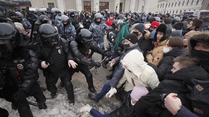 Суды Москвы рассмотрели почти 4 тысячи дел об участии в протестах