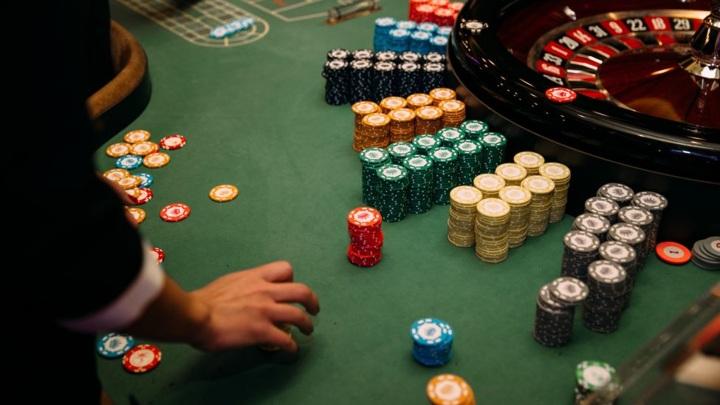 В Чебоксарах с организаторов подпольных казино взыскали 5 миллионов рублей