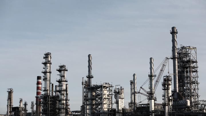Цены на нефть превысили $64 за баррель