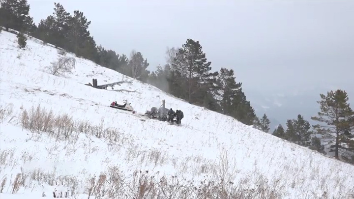 На Алтае возбудили уголовное дело после гибели людей под завалами снега