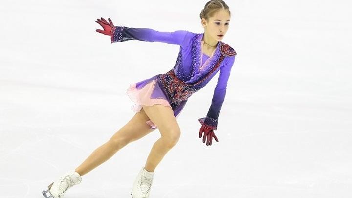 Фигуристка Акатьева выиграла короткую программу Гран-при