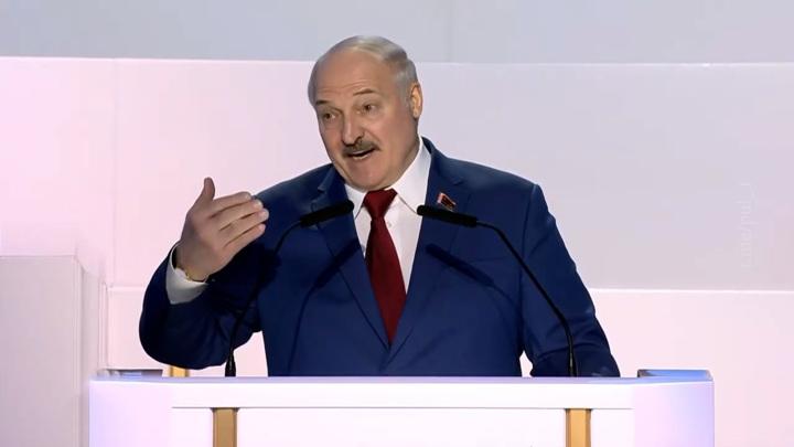 А свалили бы на меня: Лукашенко заявил о предотвращении теракта