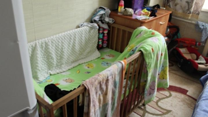 Младенец насмерть отравился молоком пьяной матери на Алтае