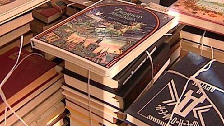 В Грозном появились уличные библиотеки