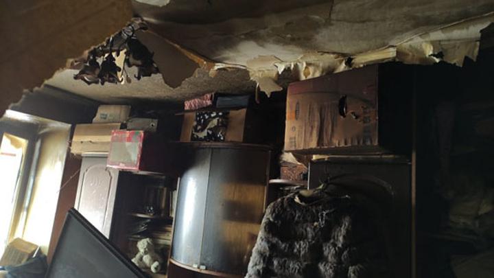 Двое детей попали в больницу в результате пожара в Казани