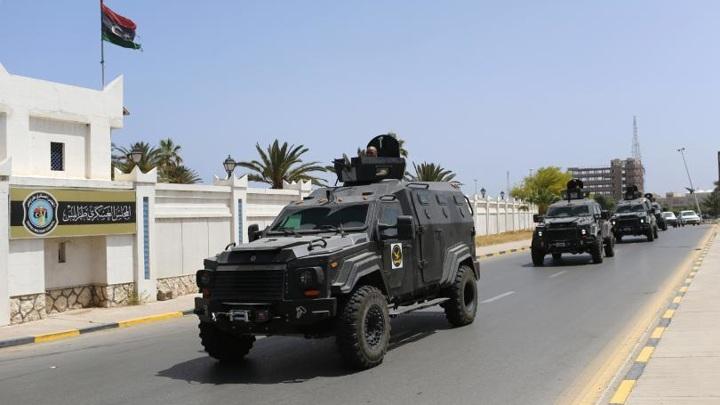 Неизвестные пытались атаковать кортеж главы МВД Ливии в Триполи