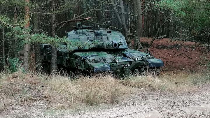 Британия отправит на лом десятки танков, оставшиеся машины модернизируют