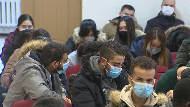 В Орловской области разрешат вакцинацию иностранцев от коронавируса