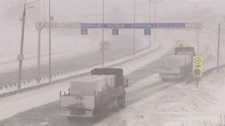В Татарстане автобусам и грузовикам запретили выезд на трассы
