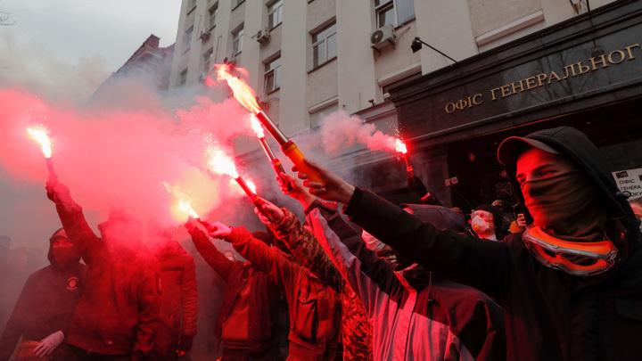 Украинские националисты поставили власти ультиматум