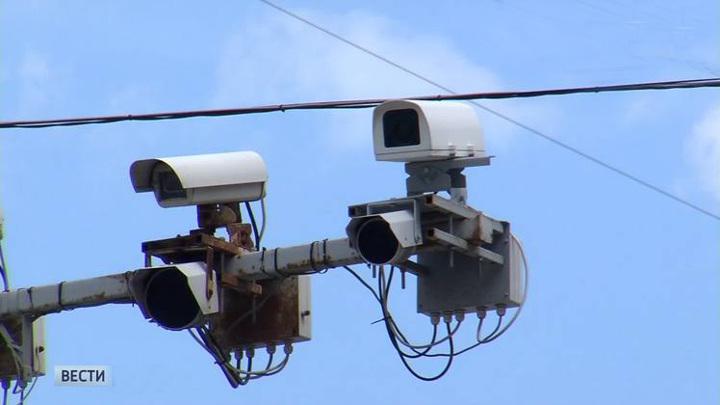 Автомобилистов будут штрафовать по камерам за выключенные фары